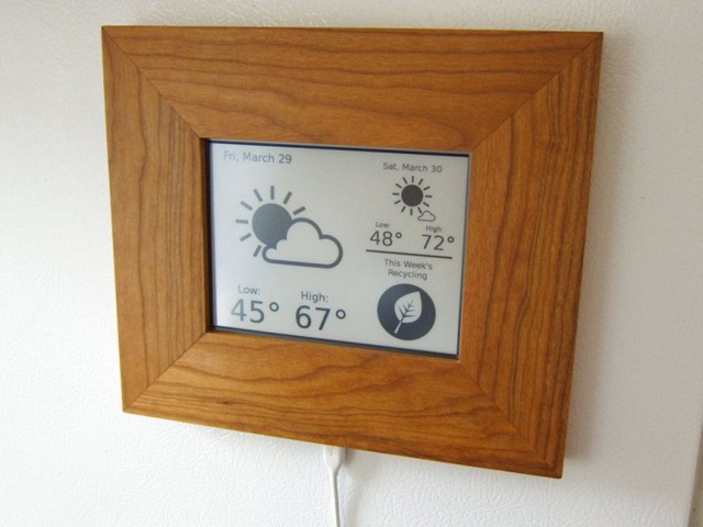 kindle-weather-and-recycling-display