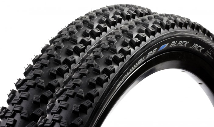 Lot-de-2-Pneus-Schwalbe-Black-Jack-SBC-Kevlar-guard_1235x735